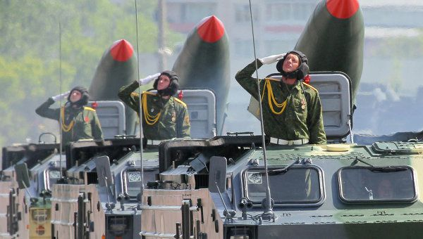Biélorussie: vendre les excédents d'armes (Loukachenko)