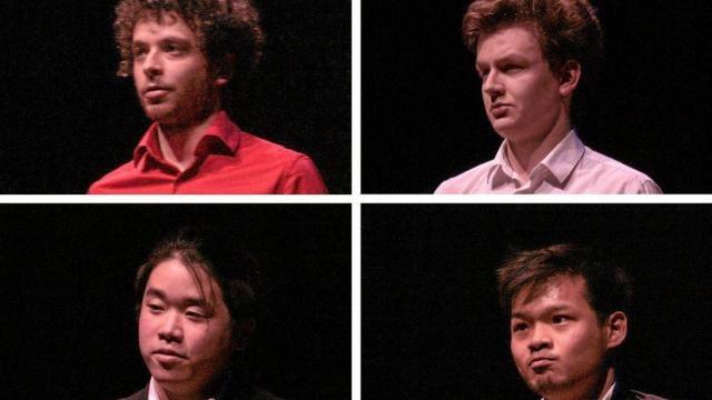 De gauche à droite, de haut en bas : Benjamin d'Anfray (France), notre coup de coeur musical &#x3B; il jouera encore dans la catégorie Chopin aujourd'hui. Roman Komissarov (Biélorussie) &#x3B; Prix spécial Liszt. Natsu Aoki (Japon), 1er prix ex aequo Debussy/Fauré/Rachmaninov. Yen-Chih Lin (Taïwan), 1er prix ex aequo