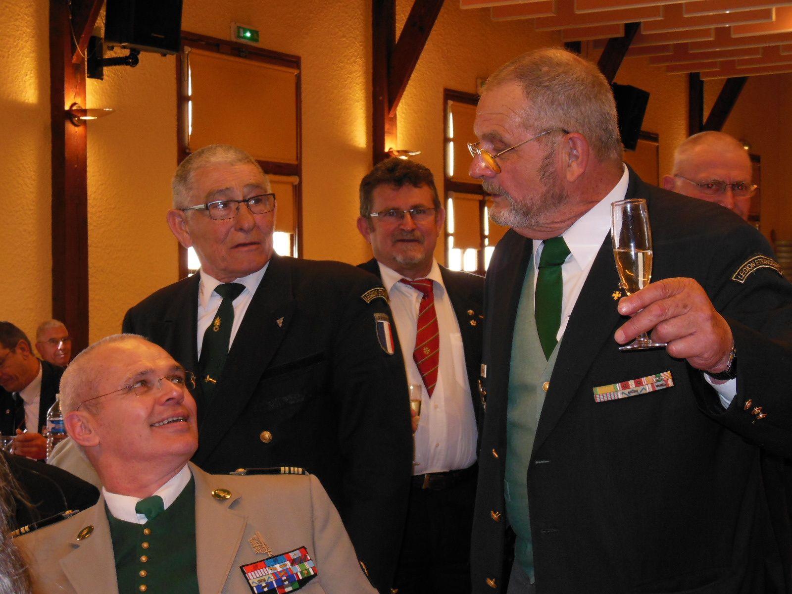 Album photos des cérémonies du 19 avril 2013 de Camerone et de l'hommage au Cdt Dupin au Grand-Pressigny