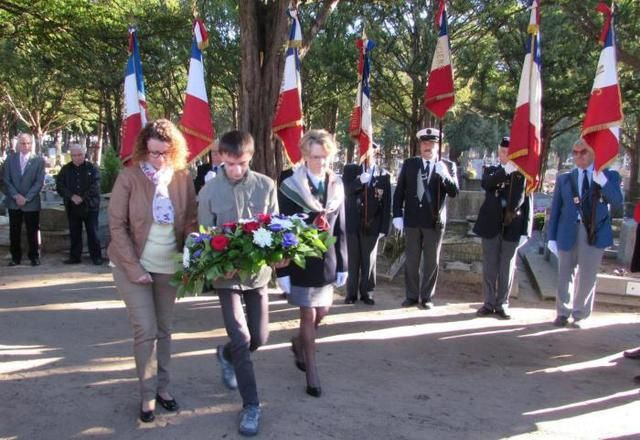 Élus, associations patriotiques et des jeunes rassemblés pour cette célébration.