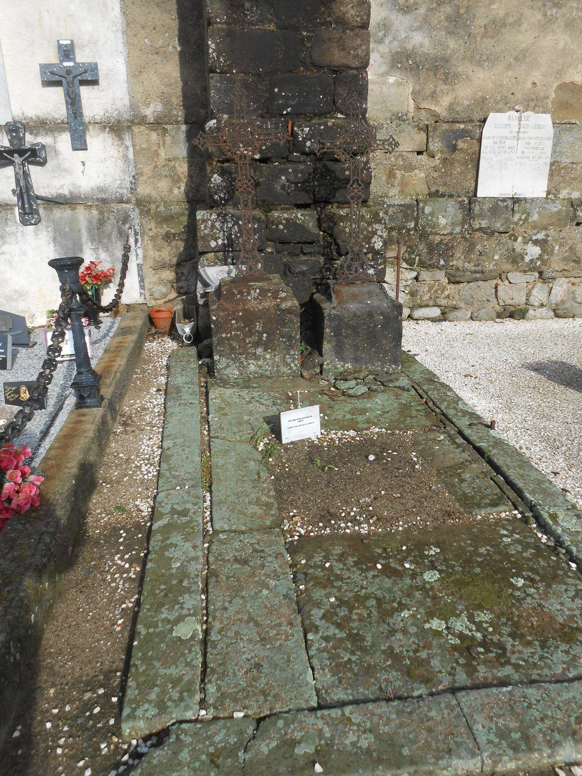 Les tombes frappées de reprise par constat d'état d'abandon (une partie)