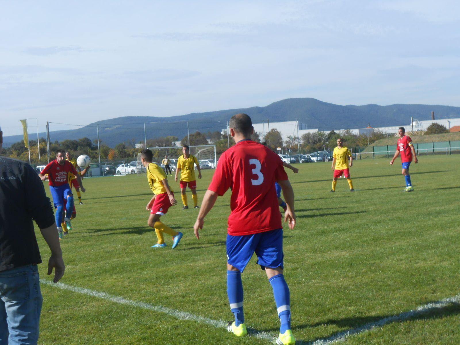 Dimanche dernier à Donzère, défaite 4-0,  4 buts encaissés en première mi-temps