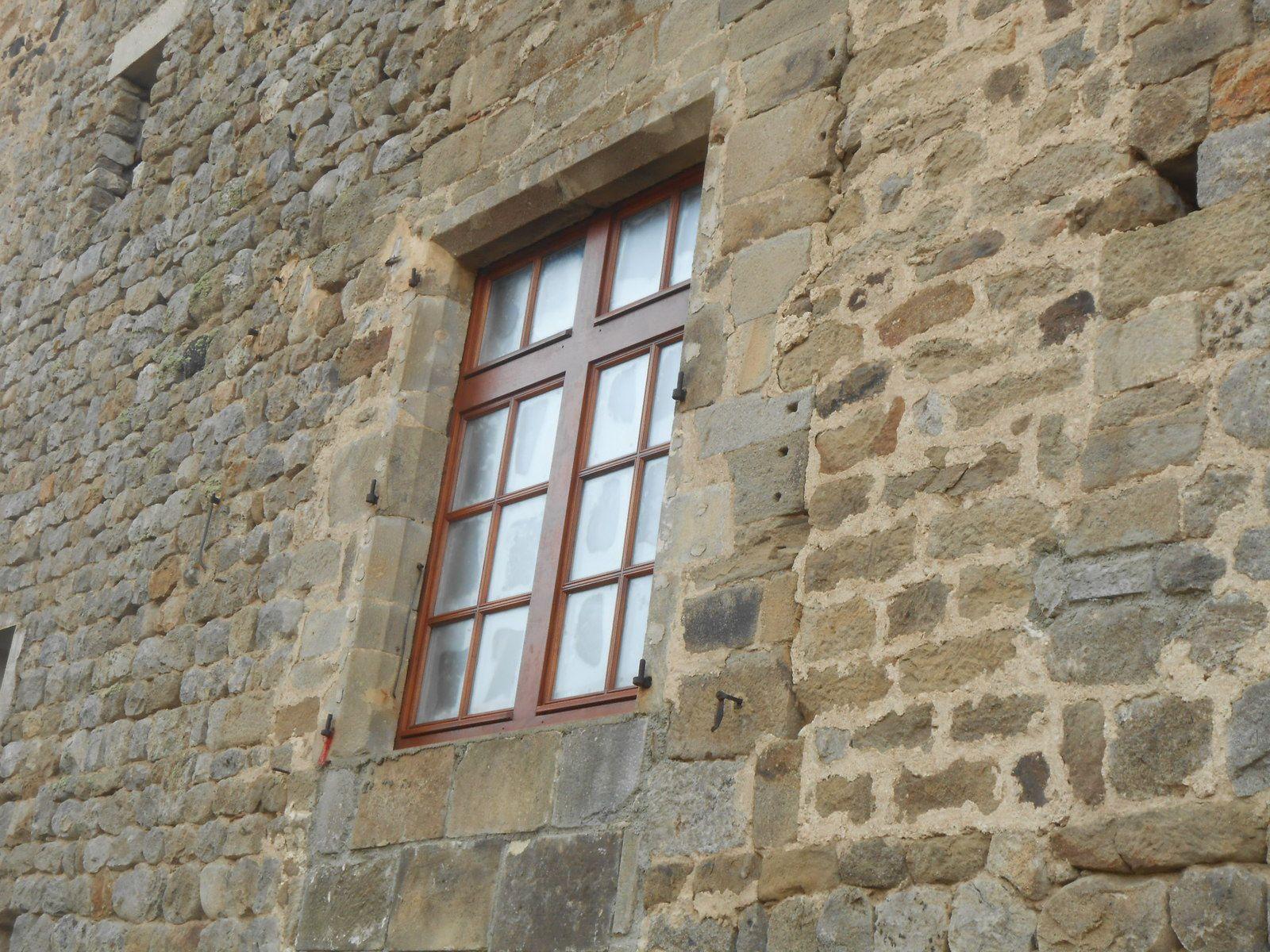 Nouvelles fenêtres façade nord (grande salle)