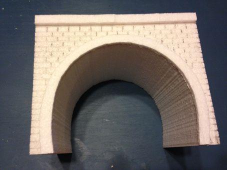 Construction d'un portail de tunnel en HO