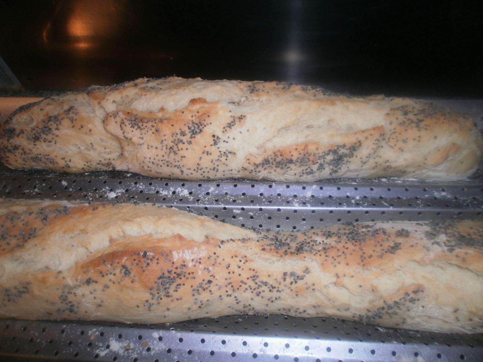 Recette de pain au yaourt sucré aux graines de pavot et sésame