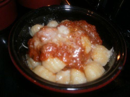 Recette de Gnocchi en gratin avec sa sauce et son fromage