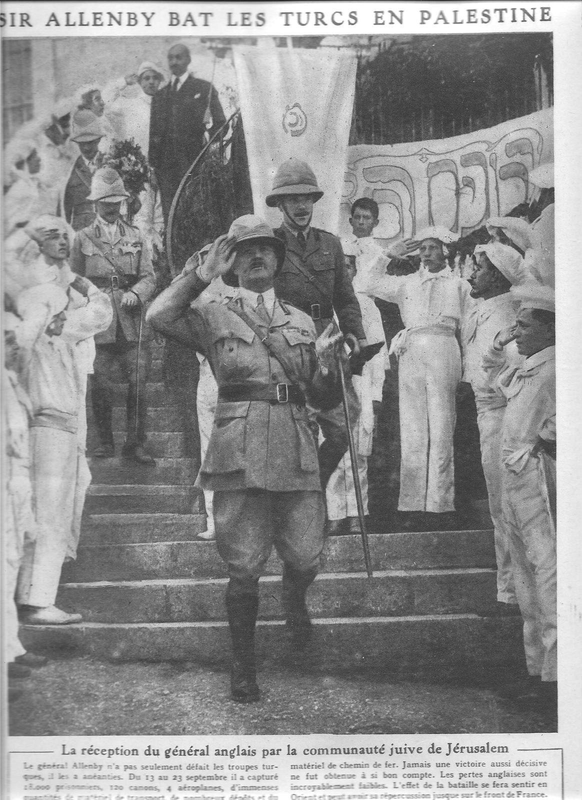 """entrée des Anglais à Jérusalem le 9 décembre 1917 après leur victoire sur les Turcs lors de la troisième bataille de Gaza, photo publiée par """"Le Miroir"""" du 6 octobre 1918"""