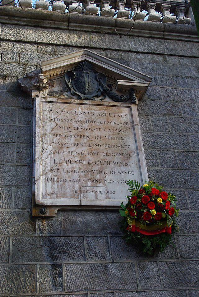 plaque rue de la Corraterie à Genève commémorant l'escalade, photo Abraham Batista