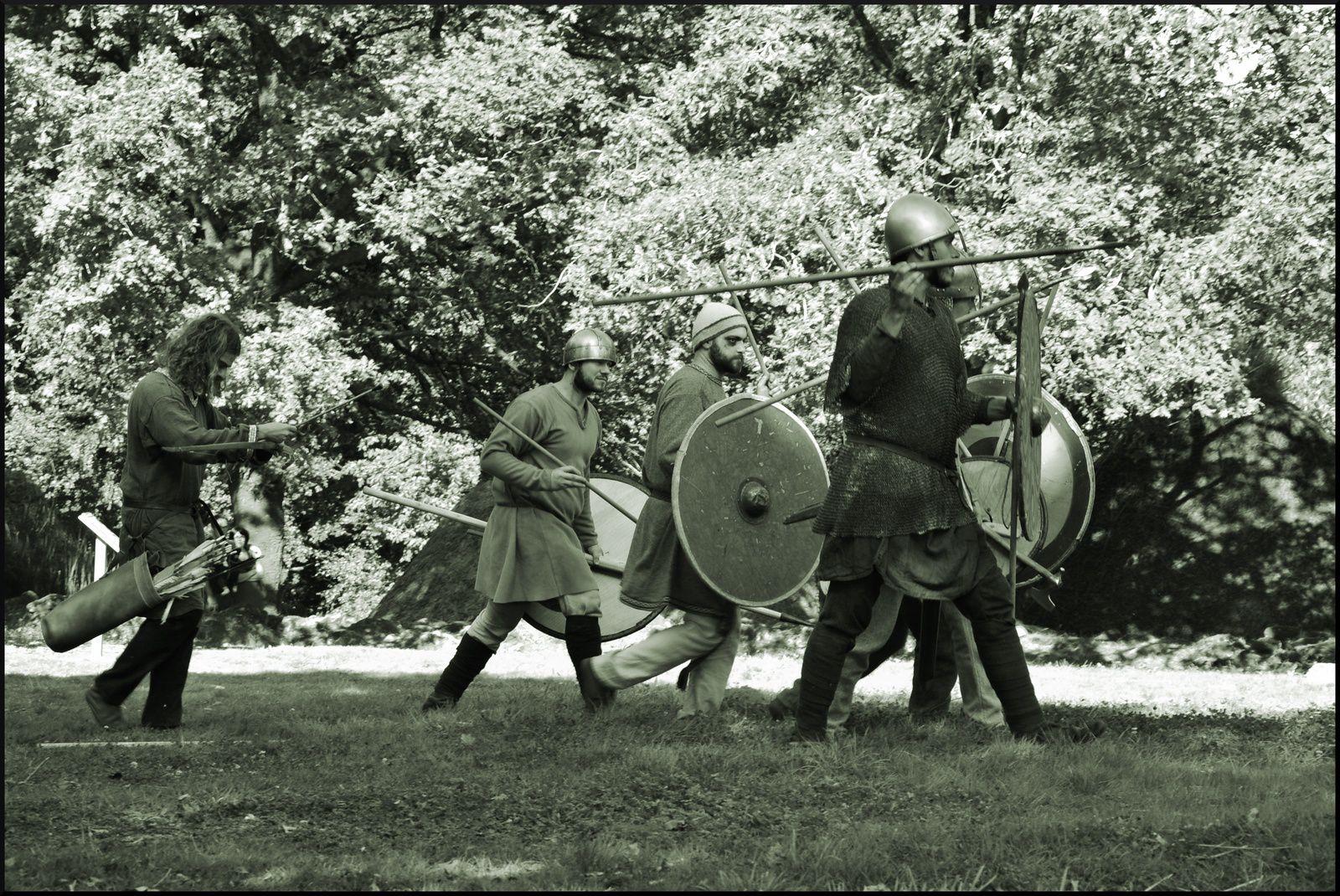 """..omnes Britones contra Normandos in procinctu belli erant"" (Letavia)"