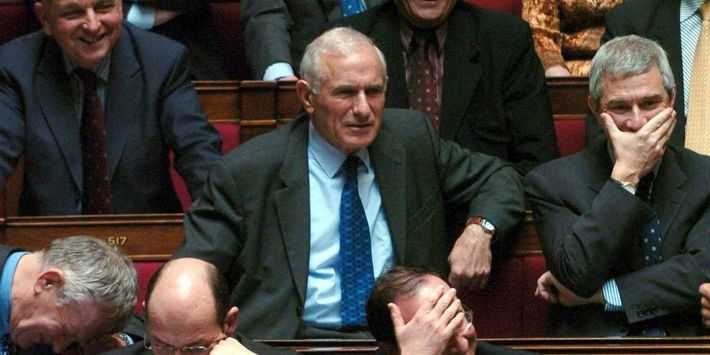 Paul Quilès, en avril 2004 à l'Assemblée nationale. (Sipa Press)