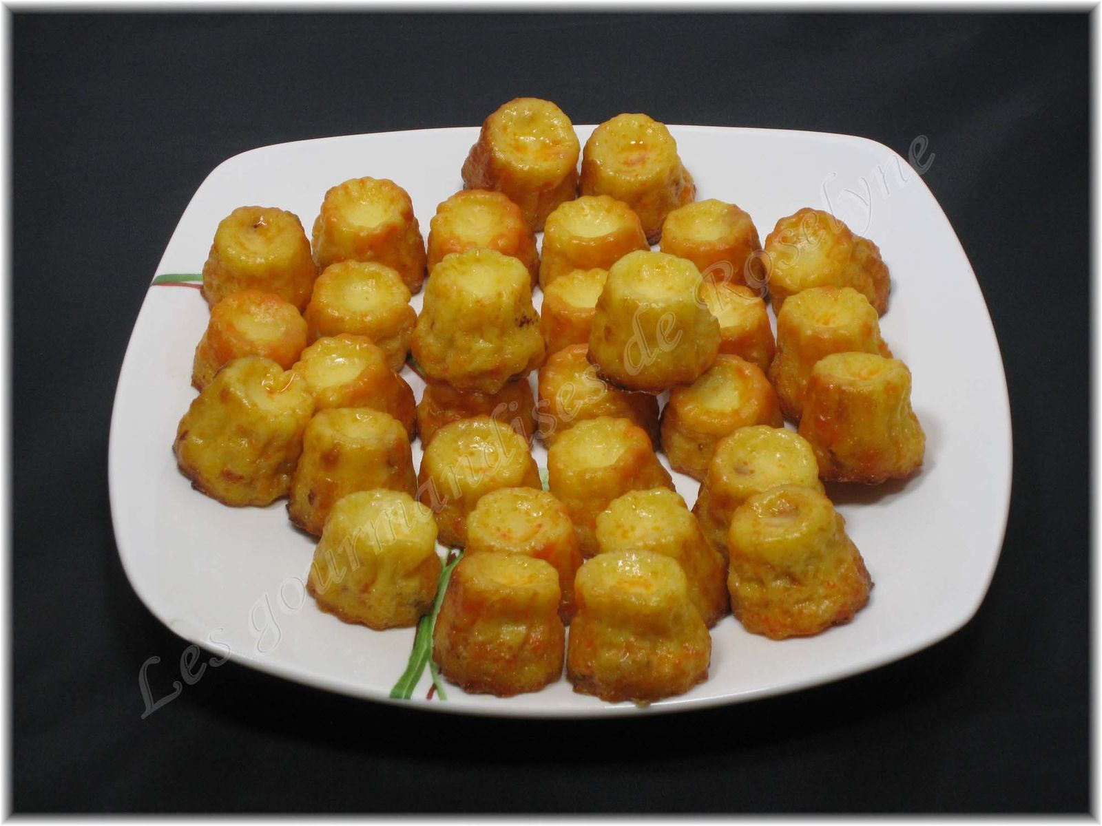 Mini cannelés emmental chorizo