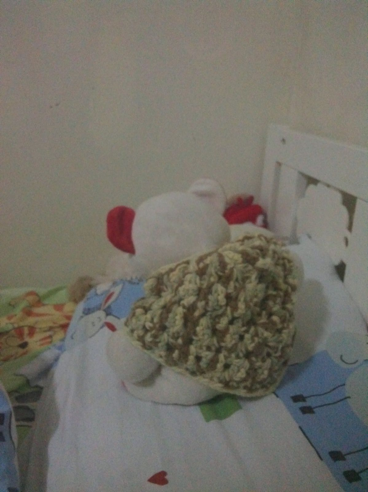 un poncho pour Nounou parce que Ratounet avait peur qu'il ait froid cet hiver