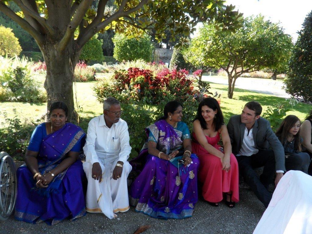 QUE DU BONHEUR aux jeunes mariés et pour nous invités: Merci pour le bonheur et les émotions vécues et partagées!!!!!!