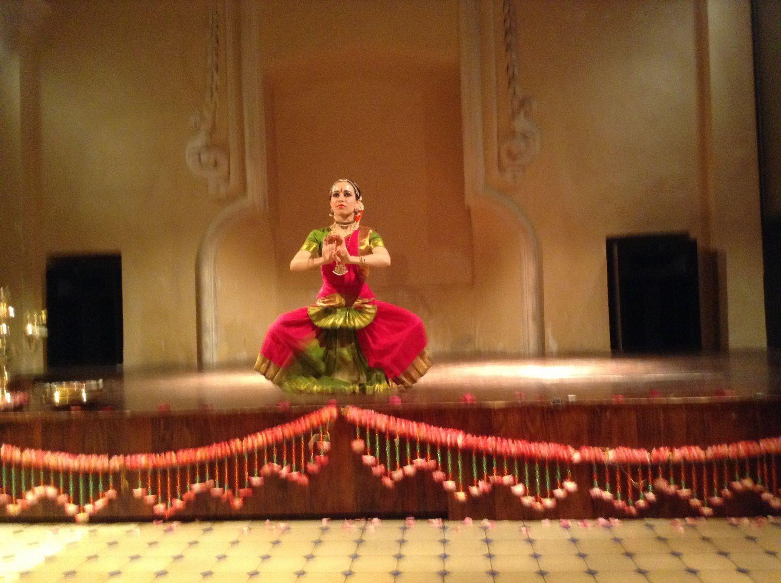 CHARLINE KAPOOR: JATHISWARAM dans &quot&#x3B;NARTAKI&quot&#x3B;