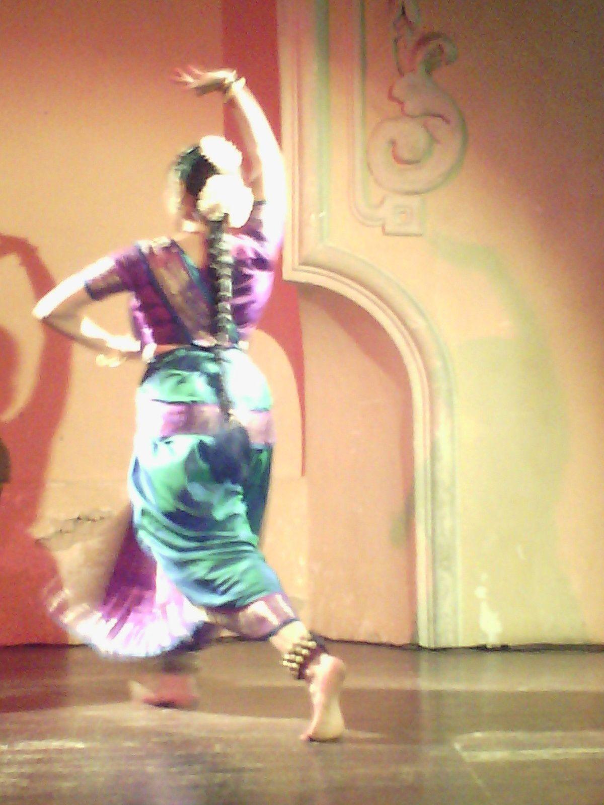 Viraja et Shyamjith KIRAN: Bharatanatyam à NICE