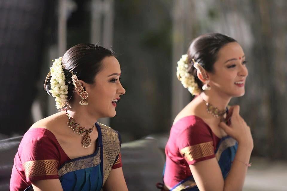 POONAM et PRIYANKA SHAH: un duo de danseuses étonnantes et douées!