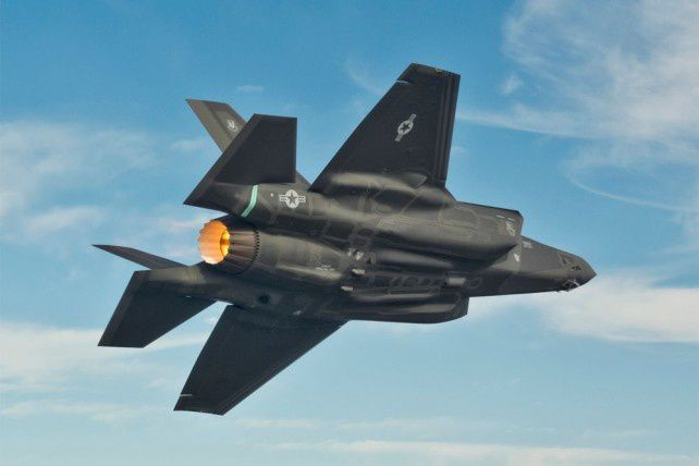 Un F-35A effectue un vol d'essai à Fort Worth (Photo: Lockheed Martin)