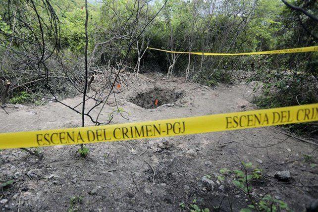 S'il se confirmait que ces corps sont ceux des étudiants disparus, il s'agirait de l'un des pires massacres au Mexique depuis le début de la guerre lancée en 2006 contre les narcotrafiquants et qui a fait plus de 80 000 morts (AFP)