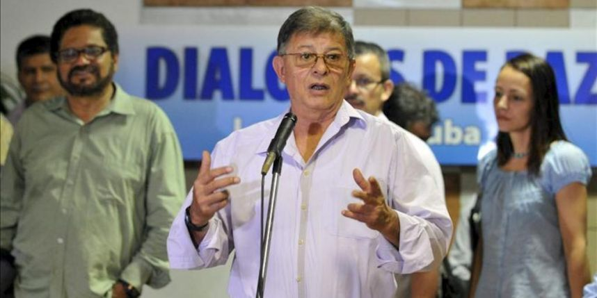 Colombia and Rebels Agree to Talks