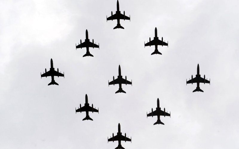 Air Force Turns to Supersonic Mercenaries