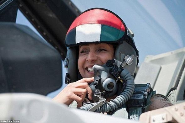 Les Émirats arabes unis ont suspendu leur participation aux raids aériens de la coalition anti-Daesh