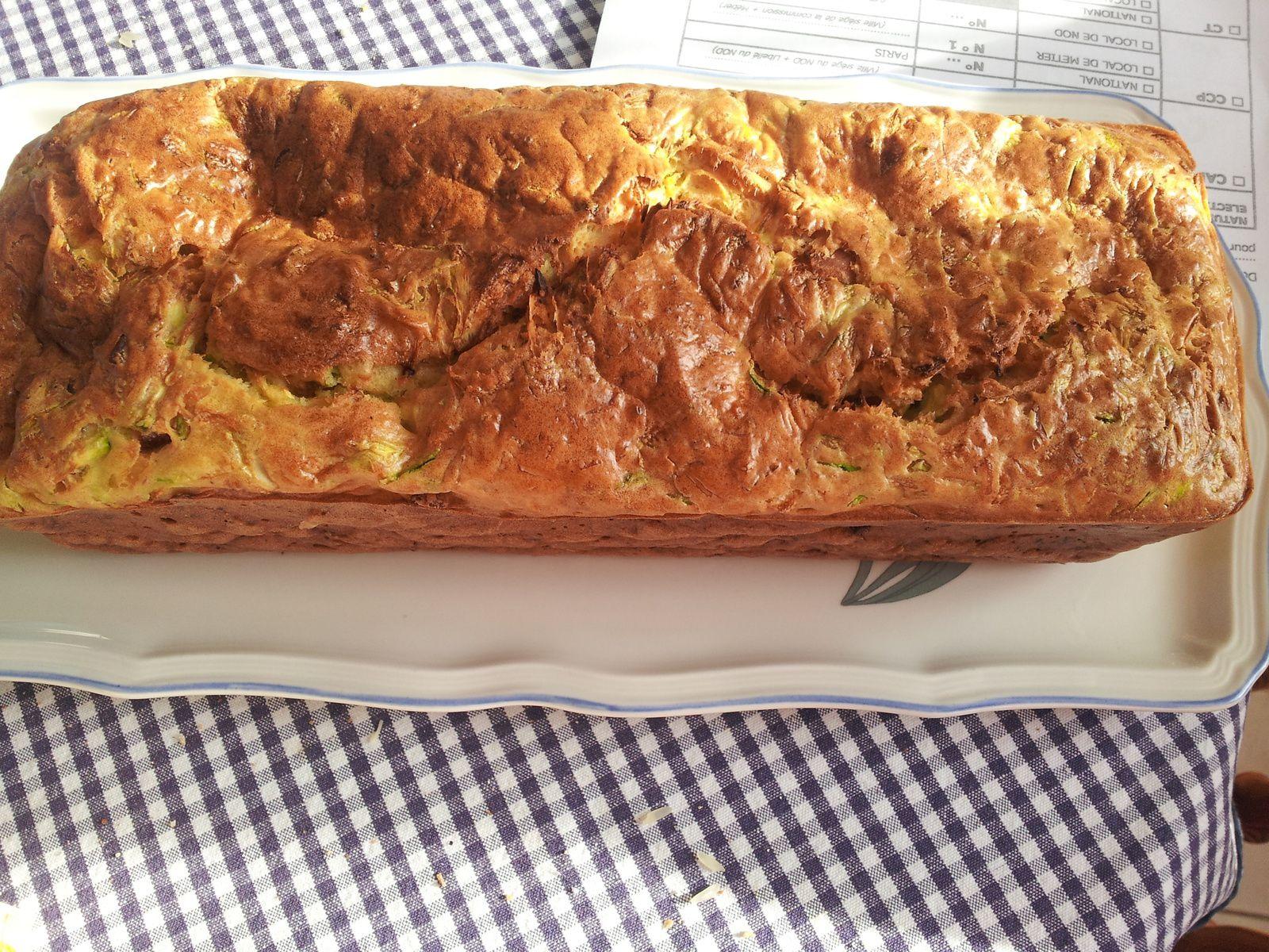 cake courgette et lardon pour un tour en cuisine 392