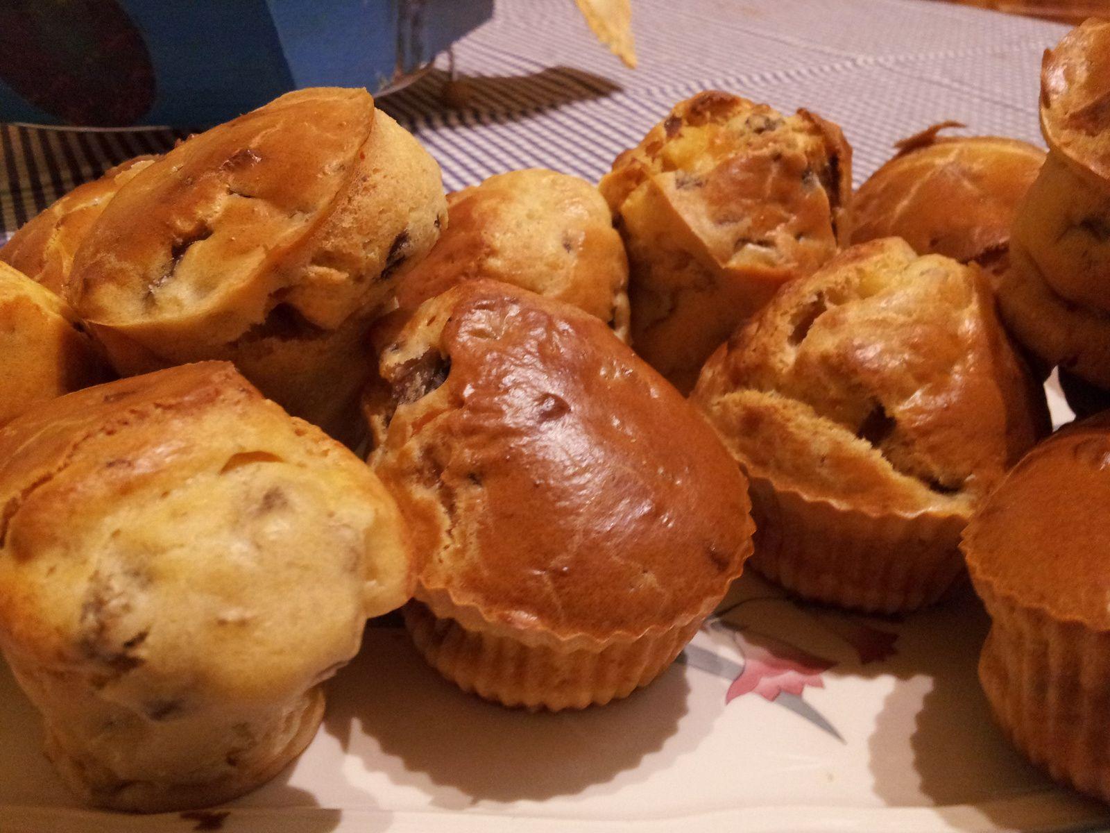 Muffins à l'emmental et aux champignons