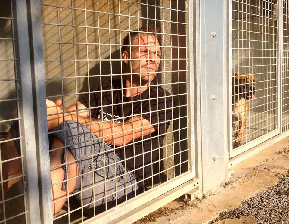 Rémi Gaillard va s'enfermer dans une cage de la SPA à partir du 11/11…