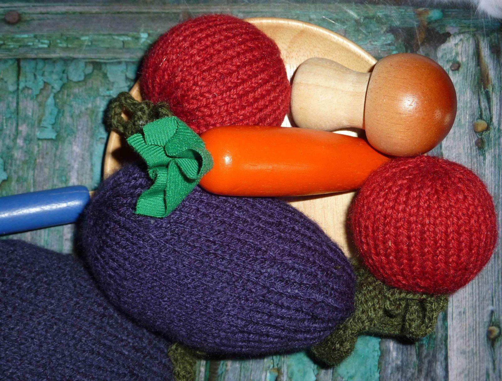 Puis des accessoires pour les coquettes de la maison : barrettes pour les petites coquettes, boucles d'oreilles pour la grande... càd moi !!!