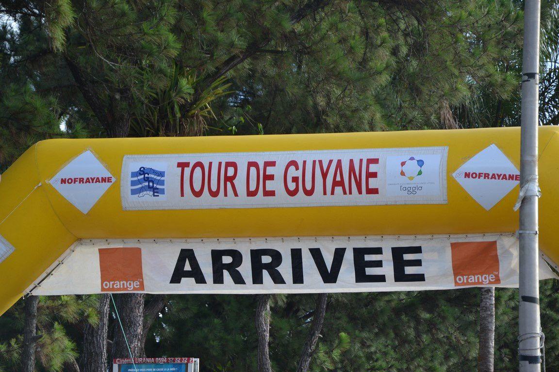 Album - 27 - Saint Laurent - Cayenne