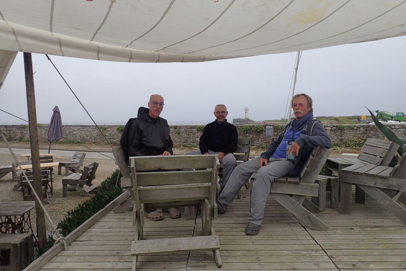 Tourduf en kayak de mer : de l'anse de Dinan à l'île de Sein (5/9)