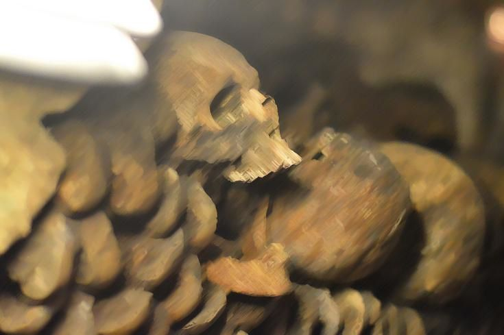 *Photographie T.Zoher aux Catacombes de Paris