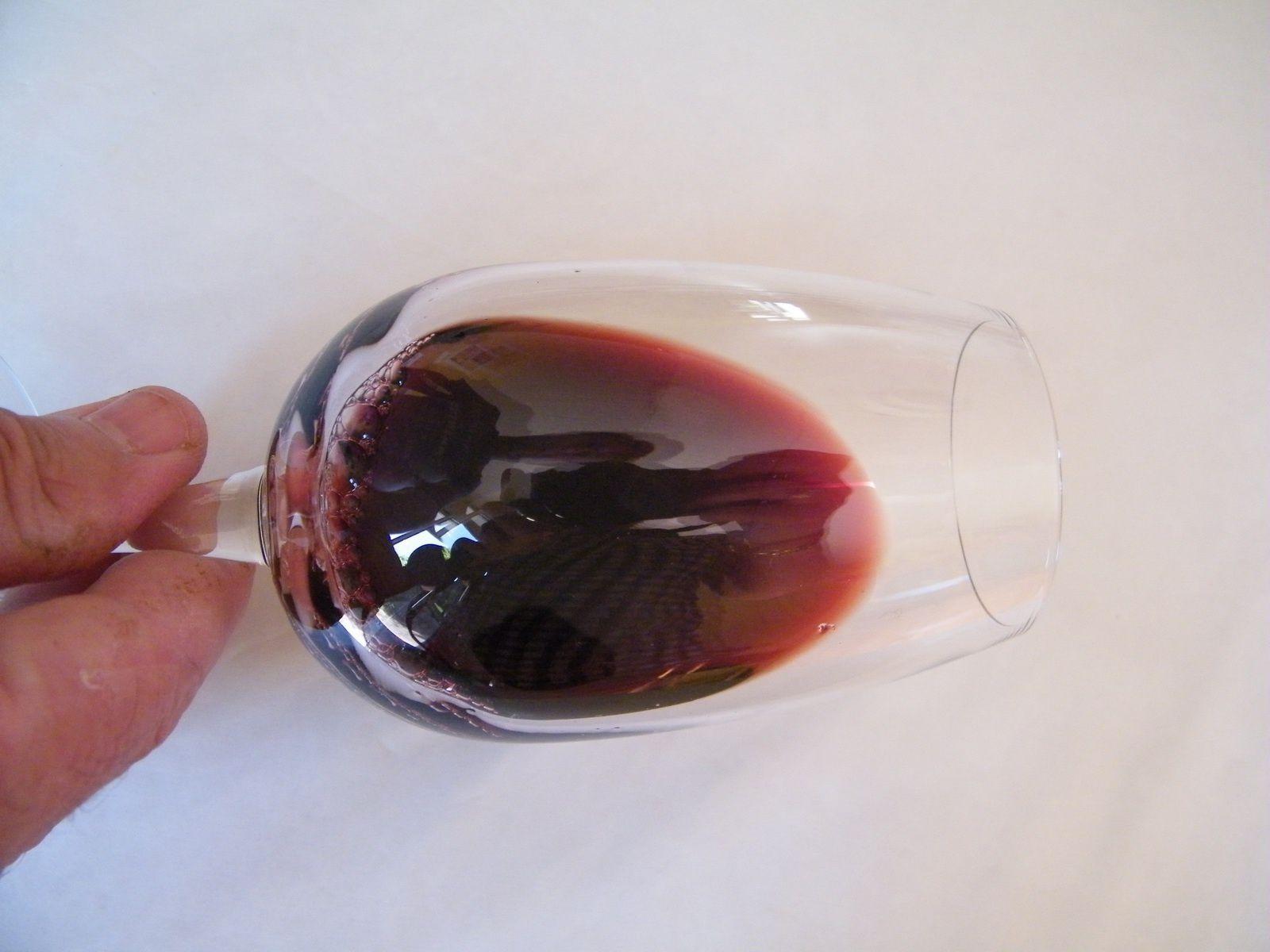 VINO PASSION - Cours d'oenologie et découverte des vins de France et du monde.