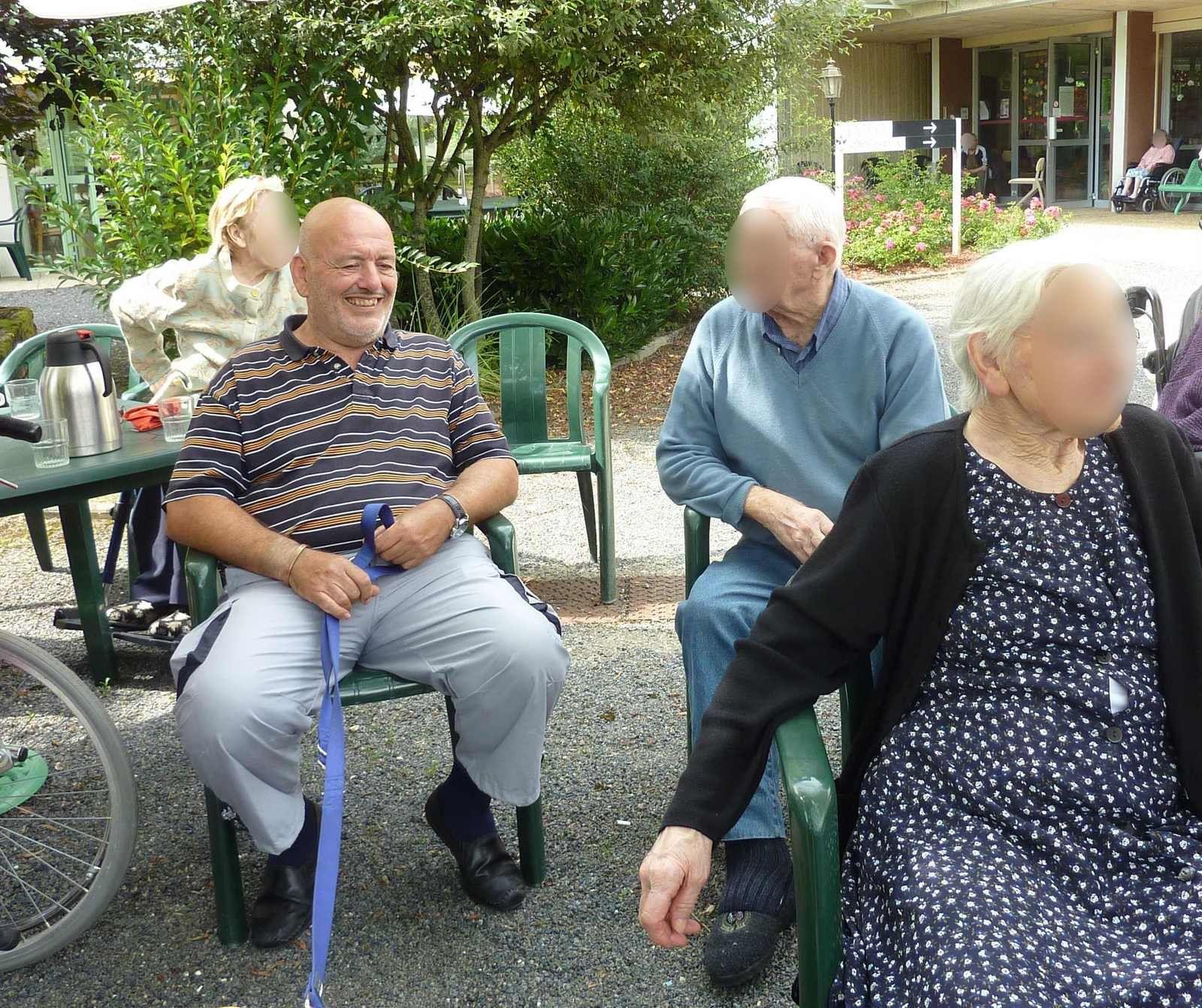 Visite d'août à la maison de retraite de Mareuil.