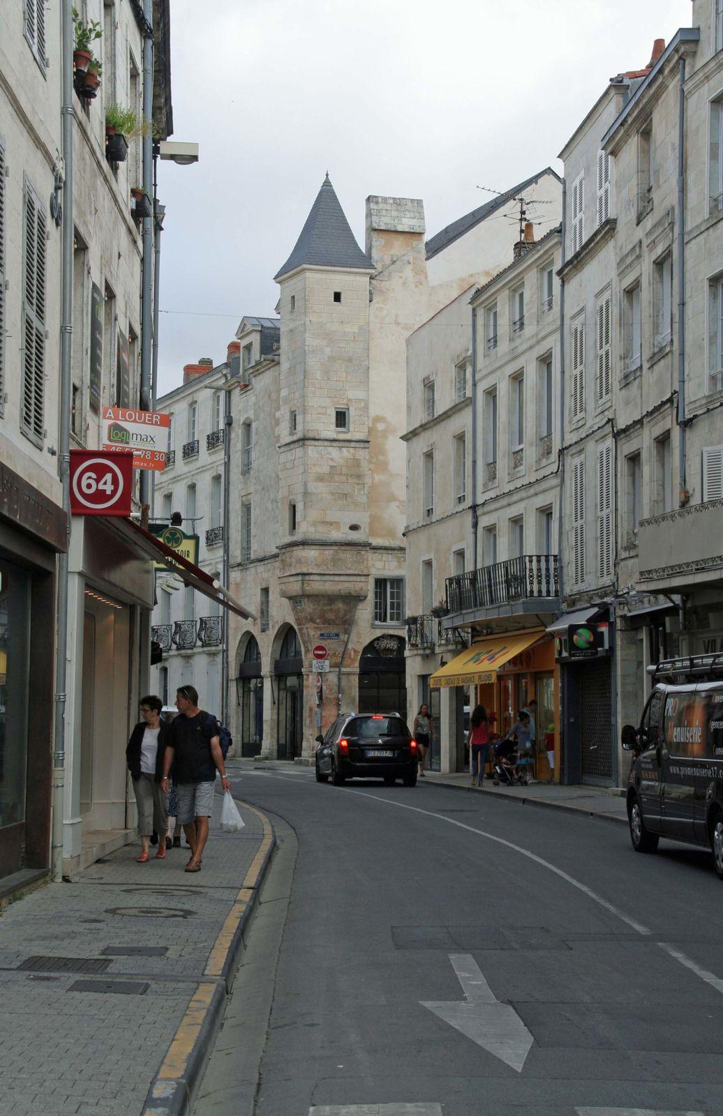 La Rochelle au fil des rues