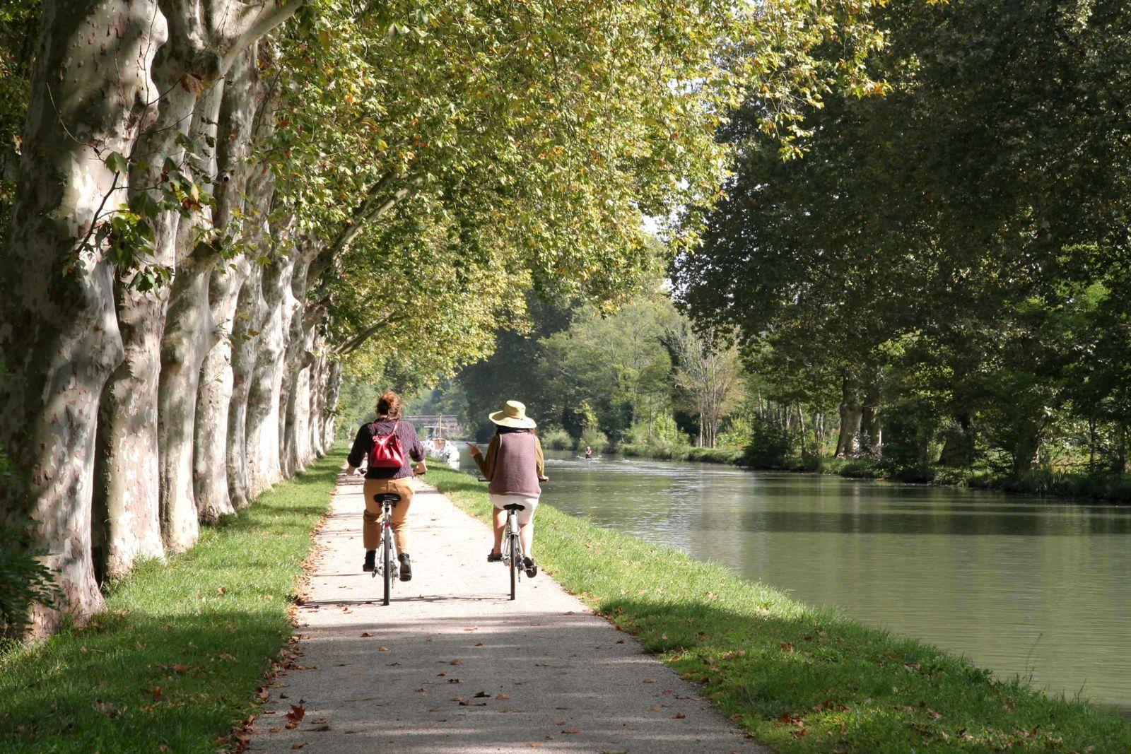 Sur les chemins ,à bicyclette...