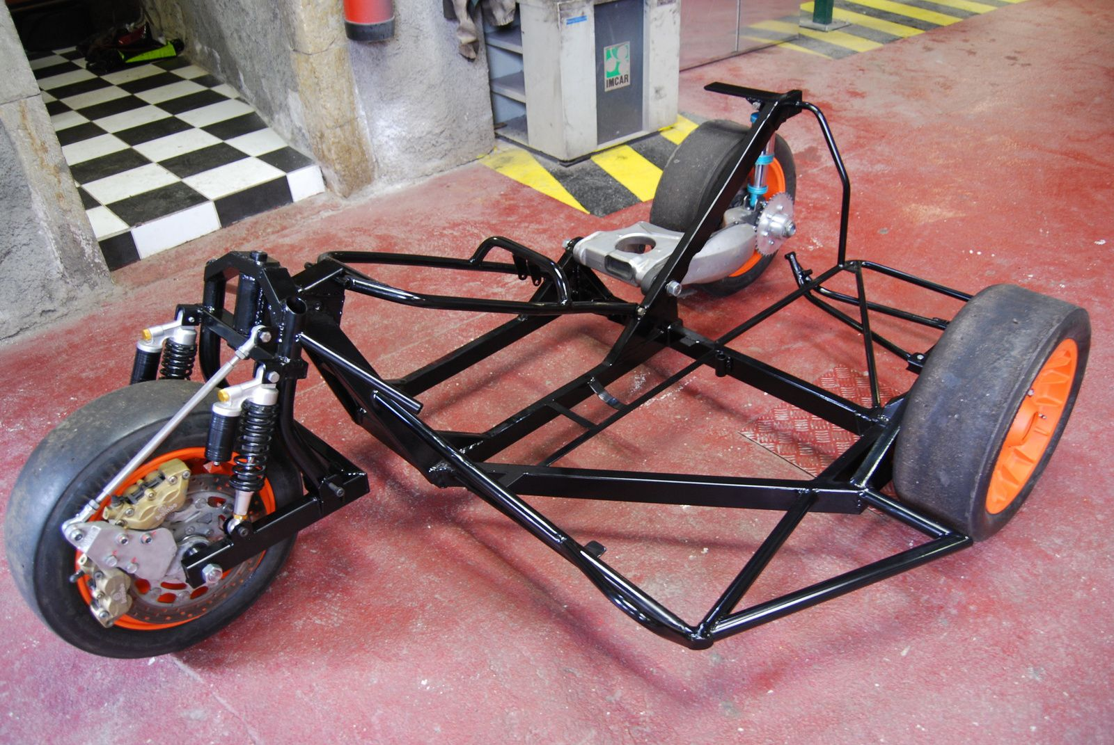 Ferdy vend un chassis basset sortie av