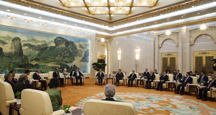 Après le Royaume-Uni, la France, l'Allemagne et l'Italie rejoignent la banque asiatique AIIB