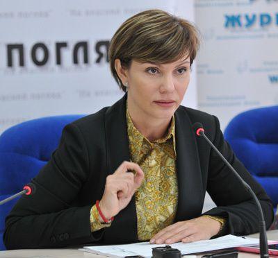 Elena Bondarenko : &quot&#x3B; Washington a ravivé un état nazi en Ukraine &quot&#x3B;