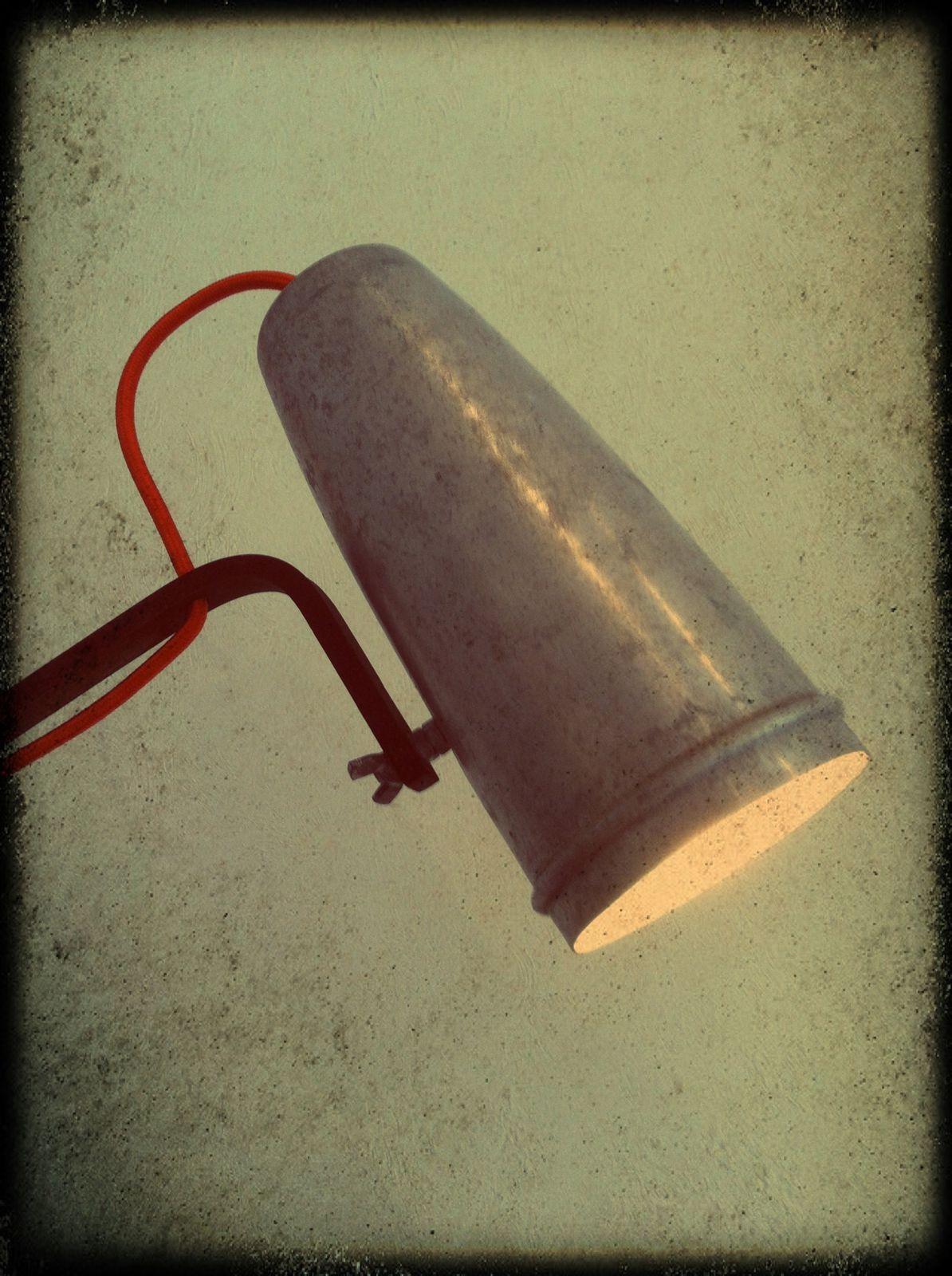 Lampe &quot&#x3B;Shaker 1&quot&#x3B; H 80cm (vendu)