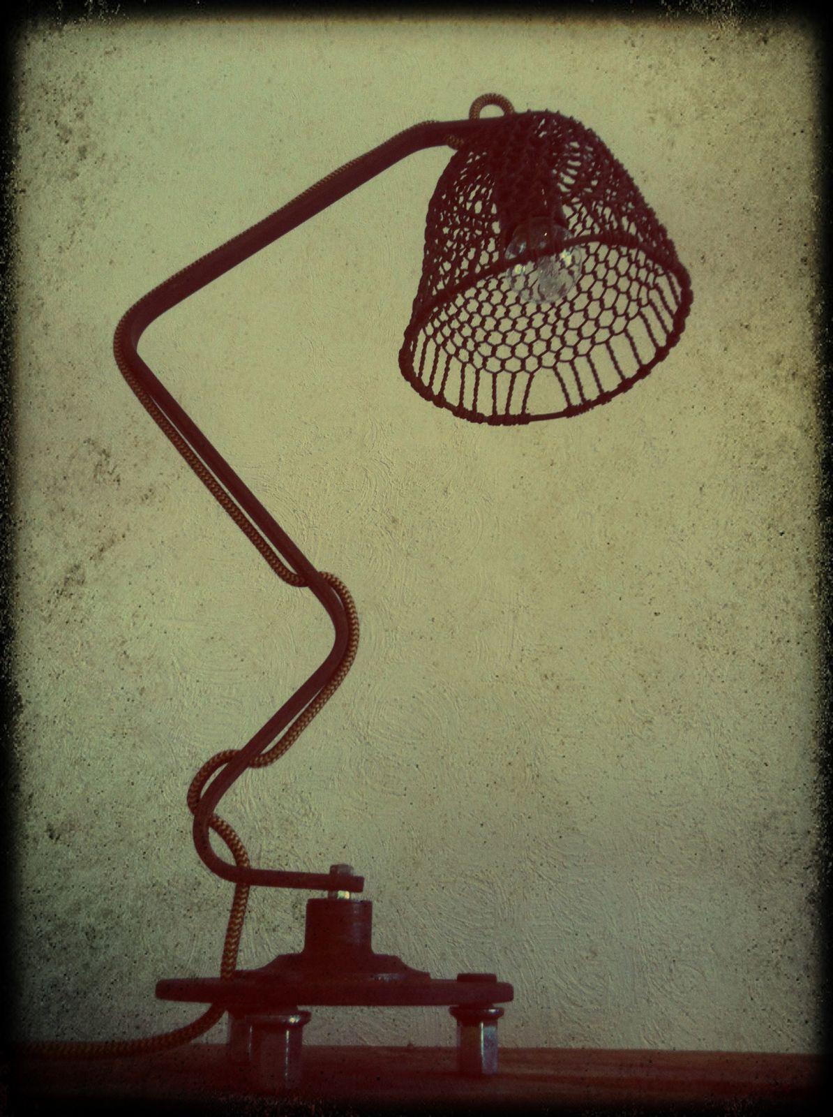 Lampe &quot&#x3B;Horny&quot&#x3B; H 55cm (vendu)