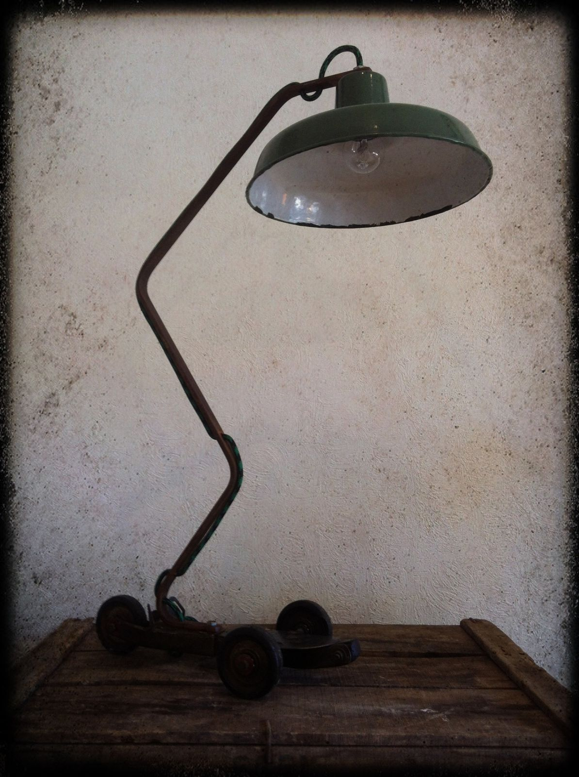 Lampe &quot&#x3B;Speedy&quot&#x3B; (vendu)