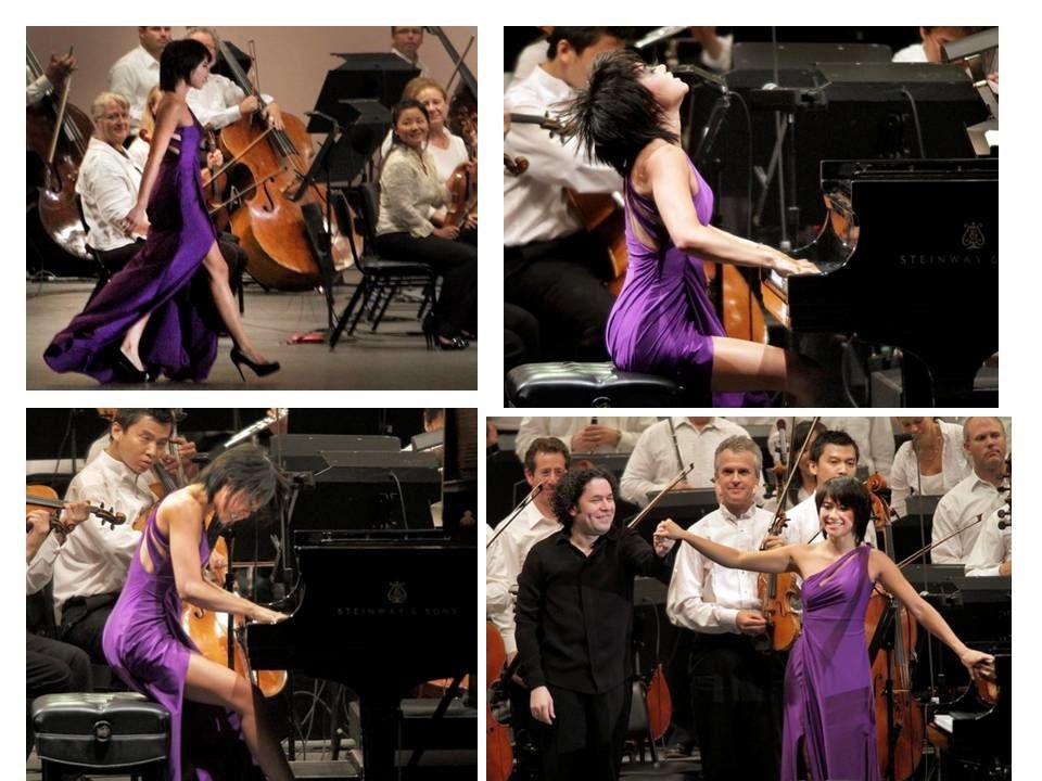 La pianiste Wang. Bientôt elle jouera en petite culotte. Quelle monde, quelle société tristement lamentable !