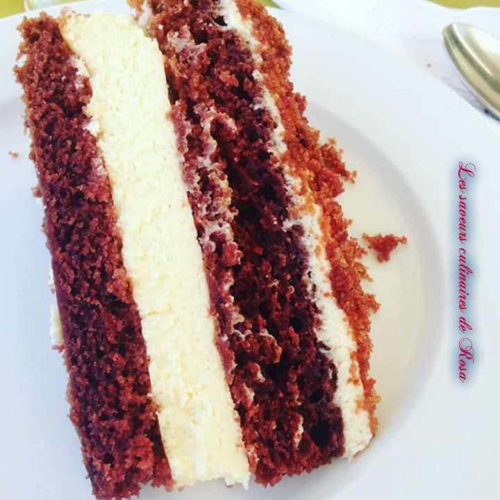 Red velvet cheesecake ( Féerique cake )