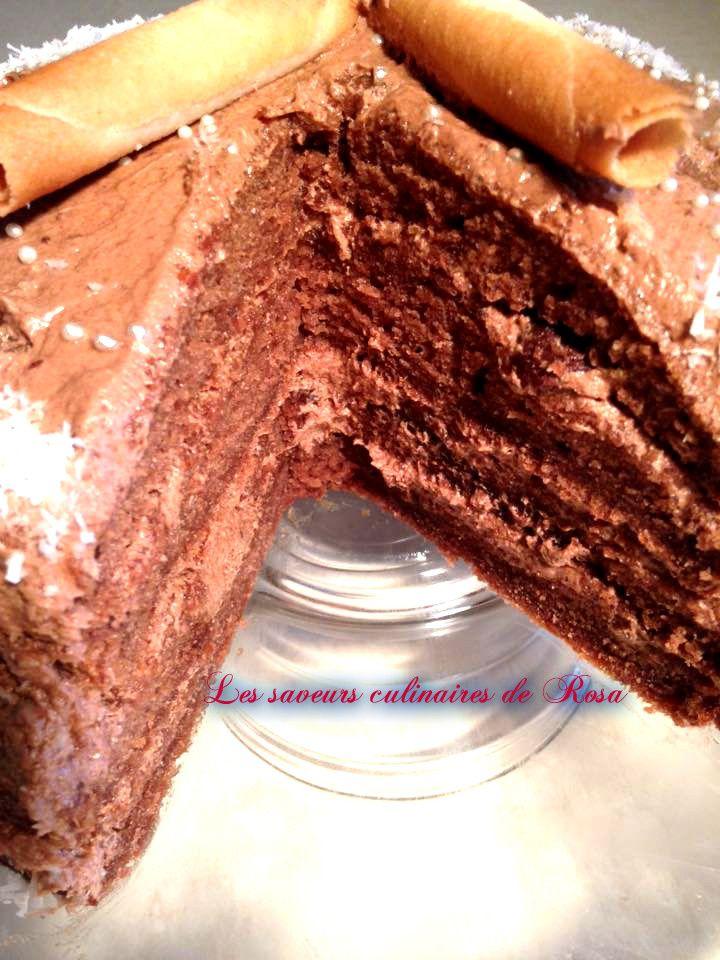 Gâteau à la crème au beurre à la meringue suisse chocolatée