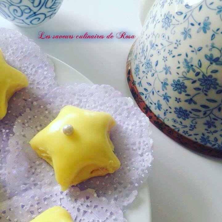 Etoiles sablées au citron et au chocolat blanc
