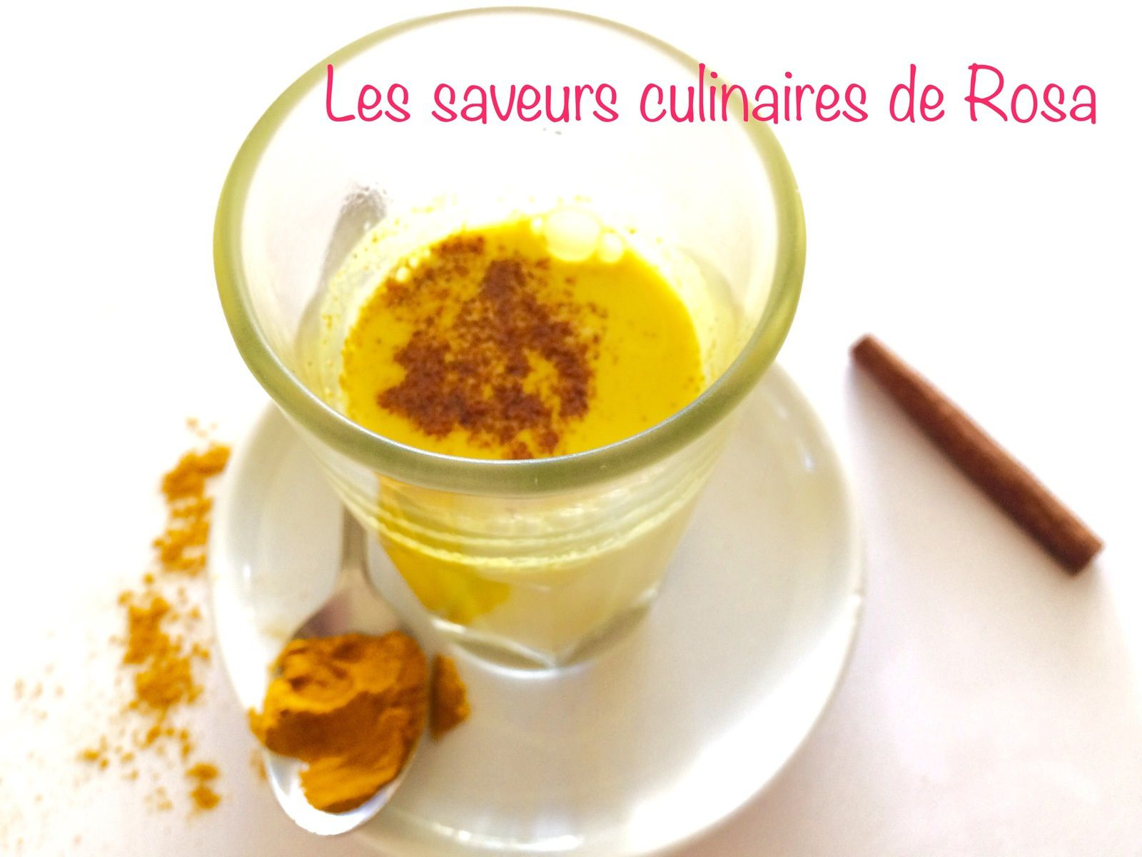 Golden latte ou le lait d'or (au curcuma)