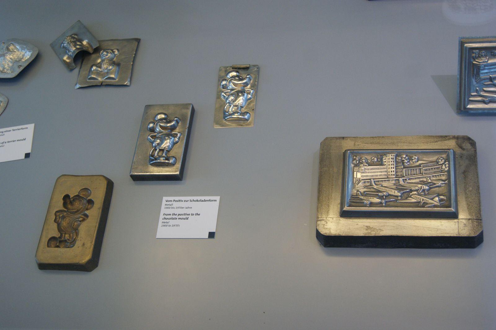 Moules faits avec du métal