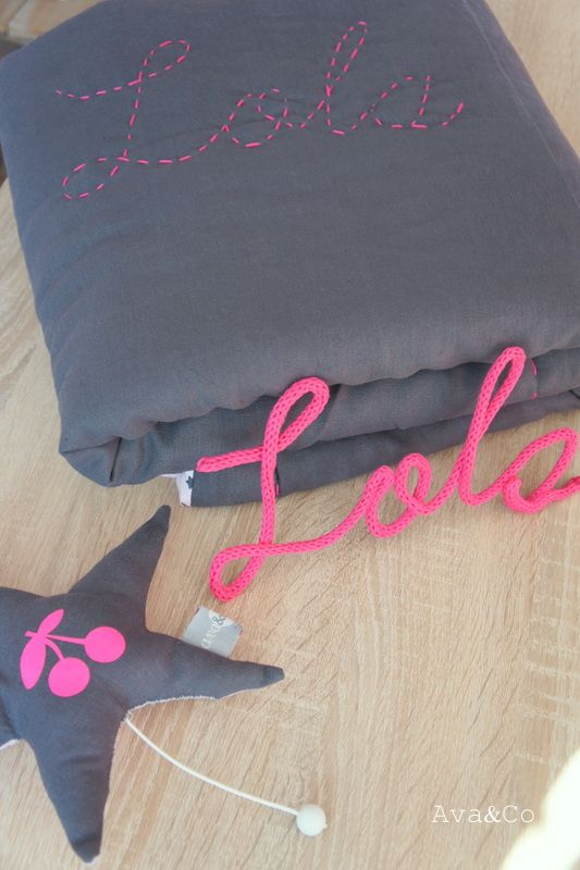 Tissu Lin gris foncé Ideatiss, laine Phildar pour le tricotin, flex cerise home made