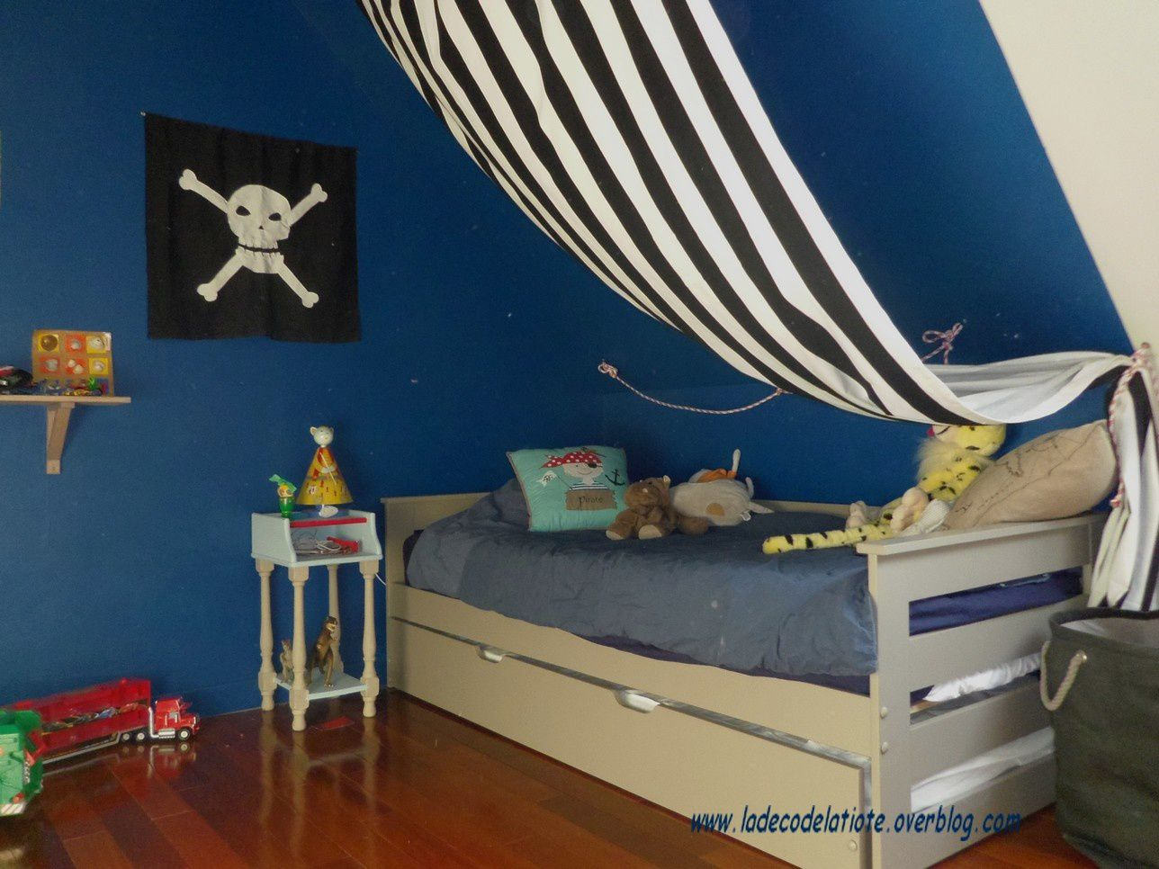 Photos d co chambre pirate la d co de la tiote id es for Deco chambre garcon 4 ans